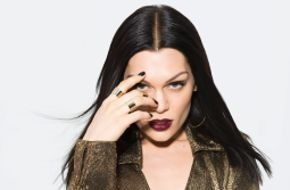 "Universal International Division: THE VOICE OF GERMANY: JESSIE J begeistert mit Live-Performance von ""Masterpiece"" und stürmt die deutschen iTunes-Charts"