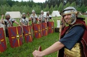 Varusschlacht Im Osnabrücker Land: Römer- und Germanentage 2015 in Bramsche-Kalkriese / Pfingsten im Zeichen des Germanicus