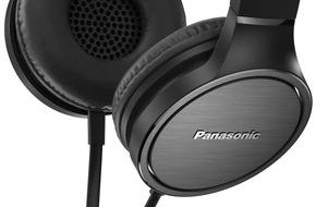 Panasonic Deutschland: Neue stylische On-Ear Headsets von Panasonic / Faltbare Modelle RP-HF100M und RP-HF500M ab August auf dem Markt