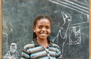 Caritas Schweiz / Caritas Suisse: Die Caritas-Weihnachtssammlung 2013 gibt Einblick in ein äthiopisches Dorf / Bessere Zukunft dank sauberem Trinkwasser
