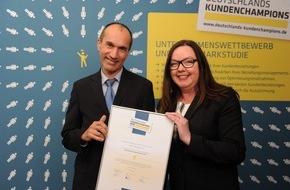 """WBS TRAINING AG: WBS Training ist """"Deutschlands Kundenchampion"""" / Weiterbildungsspezialist erhält Auszeichnung für hohe Kundenzufriedenheit und -bindung"""