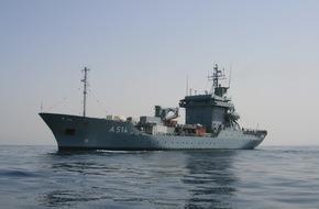 """Presse- und Informationszentrum Marine: Tender """"Werra"""" und Minenjagdboot """"Datteln"""" nehmen Kurs aufs Mittelmeer zum EU-Einsatz"""
