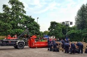 Feuerwehr Essen: FW-E: Bereitschaft 2 der Bezirksregierung Düsseldorf zur überörtlichen Hilfe in Hamminkeln