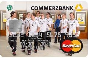 Commerzbank Aktiengesellschaft: Konto und Kreditkarte - ein Großteil der Deutschen zahlt drauf / Commerzbank-Umfrage: Kreditkarte ist für die Hälfte der Deutschen wichtig