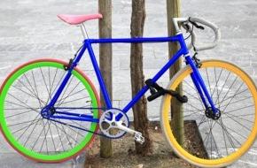 CosmosDirekt: Fahrradnation Deutschland: Den Diebstahlschutz lässt mancher schleifen (FOTO)