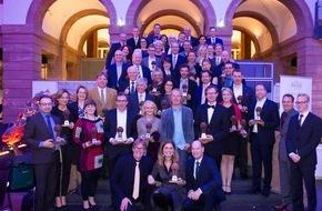 Green Brands: Sarah Wiener und 34 Marken zu den GREEN BRANDS Germany 2015 ausgezeichnet - Bundes-Umweltministerin Dr. Barbara Hendricks lobt die Initiative
