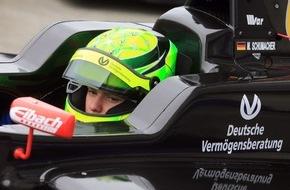 DVAG Deutsche Vermögensberatung AG: Langjährige Verbundenheit zu Familie Schumacher: Deutsche Vermögensberatung (DVAG) begleitet Mick Schumacher bei seiner Rennpremiere in der Formel 4