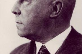 Fresenius SE & Co. KGaA: 100 Jahre Fresenius - von der Apotheke zum Weltkonzern