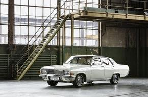 AUTO BILD: 4. Bodensee-Klassik 2015: Acht Jahrzehnte Automobilgeschichte auf der Straße