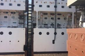MSC Kreuzfahrten: Étape importante dans la transformation du MSC Armonia / Hier jeudi, une nouvelle partie centrale a été ajoutée au MSC Armonia, sur les chantiers navals de Fincantieri