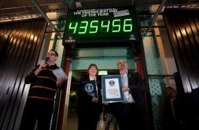 """Diageo Guinness Continental Europe: Guinness stellt Weltrekord auf: St. Patrick's Day ist offiziell """"Der freundlichste Tag des Jahres"""" (mit Bild)"""