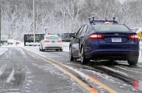 Ford-Werke GmbH: Ford forciert als erster Hersteller die Entwicklung autonom fahrender Autos mit Testfahrten im Schnee