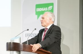Zukunft ERDGAS: Huber: Steuerliche Anreize für Sanierung müssen kommen