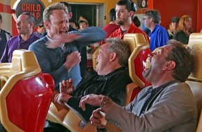 Tele 5: HAI, HAI, HAI: Oliver Kalkofe und Peter Rütten sind in Sharknado DRAI DABAI!