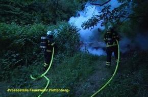 Feuerwehr Plettenberg: FW-PL: Unterholz brannte im OT-Eiringhausen. Achtlos weggeworfene Grillkohle vermutlich Brandursache.