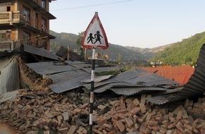 Caritas Schweiz / Caritas Suisse: Caritas Schweiz erhöht Nothilfe für Nepal auf 1,5 Millionen Franken / Kindern Zugang zum Schulunterricht verschaffen