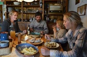 """SWR - Das Erste: Drehstart für SWR-Fernsehfilm """"Königin der Nacht"""" mit Silke Bodenbender und Peter Schneider"""