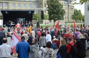 Komitee: Ein Gebet voraus: Avant le Jeûne fédéral: Toutes les églises prient ensemble: Une célébration pour toute la Suisse