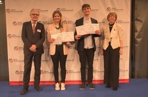 Aktion Deutschland Hilft e.V: Journalistenwettbewerb Humanitäre Hilfe: Die Gewinner stehen fest / Nachwuchsjournalisten aus Köln und Bonn überzeugen mit multimedialen Reportagen aus Nepal und Ostafrika