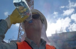 Berufsgenossenschaft der Bauwirtschaft: BG BAU warnt - Bei ungeschützter Arbeit unter der Sonne droht Hautkrebs