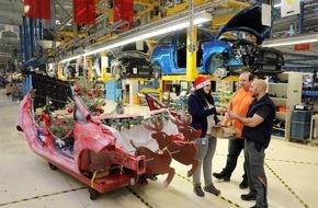Ford-Werke GmbH: Heißer Ford Fiesta-Schlitten: Weihnachtsaktion in der Fahrzeugfertigung von Ford in Köln