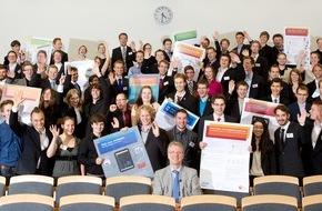 HPI Hasso-Plattner-Institut: Informatik: 14 IT-Innovationen von Bachelorstudenten des Hasso-Plattner-Instituts entwickelt - Kurzweilige Wissens-Show bei Podium am Montag