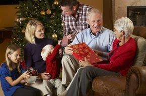 FeWo-direkt: Internationale Familien-Umfrage: Zwei Drittel erwarten Familienstreitigkeiten zu Weihnachten - 84 Prozent der Familien möchten dennoch die Feiertage gemeinsam verbringen