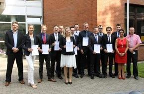 Rettungsdienst-Kooperation in Schleswig-Holstein gGmbH: RKiSH: Übernahme von zehn Rettungsassistenten in den Einsatzdienst - Staatsexamen erfolgreich bestanden