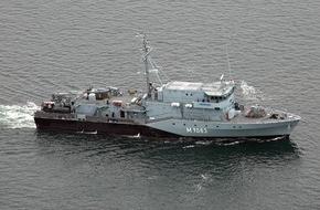 """Presse- und Informationszentrum Marine: Minenjagdboot """"Bad Bevensen"""" verlässt Kiel zum NATO-Einsatz"""