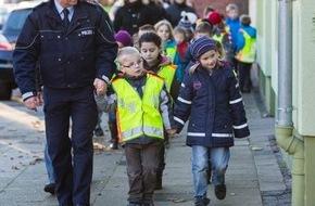 Polizeipressestelle Rhein-Erft-Kreis: POL-REK: Schulwegunfall - Hürth