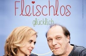 """PETA Deutschland e.V.: Neues PETA-Motiv: Martin Brambach und Christine Sommer in legendärer """"Susi und Strolch""""-Szene / Schauspieler-Paar is(s)t """"fleischlos glücklich"""""""