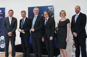 Ericsson GmbH: EU-Kommissar Oettinger besucht Ericsson Deutschlandzentrale in Düsseldorf