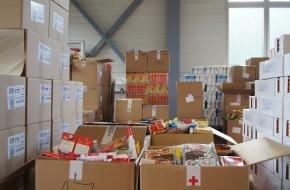 Schweizerisches Rotes Kreuz Kanton Zürich: Medieneinladung: An Ostern verteilt das Schweizerische Rote Kreuz (SRK) Kanton Zürich 14 Tonnen Weihnachtsgeschenke
