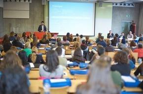 Universitäre Fernstudien Schweiz: 1485 Studierende bei der FernUni Schweiz