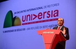 Santander Consumer Bank AG: Emilio Botín eröffnet das III. Universia International Meeting der Hochschulrektoren von 1.100 Universitäten aus 31 Ländern