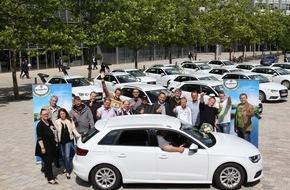 """Krombacher Brauerei GmbH & Co.: """"Öffnen. Gewinnen. Abfahren."""" / Krombacher übergibt 18 glücklichen Gewinnern in Ingolstadt ihren neuen Audi A3 Sportback"""