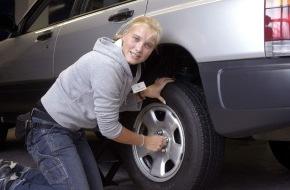 Subaru: Subaru sucht die Allrad-Lady 2005 / Kooperation mit ZDK und DVR / Bewerbungen noch bis 31.08.2005 möglich