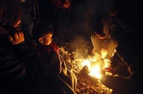 """Aktion Deutschland Hilft e.V: Hilfe für Flüchtlinge: Verschärfte Situation im Winter / Bei Schnee, Regen und Minustemperaturen leisten Hilfsorganisationen im Bündnis """"Aktion Deutschland Hilft"""" Winterhilfe"""