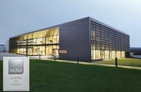 """STIEBEL ELTRON: """"Energy Campus"""" mit Platin-Zertifikat ausgezeichnet (DGNB) / Herausragendes Beispiel nachhaltiger Architektur"""
