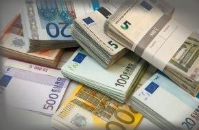 HUK-Coburg: Tipps für den Alltag: Riestern bevor das Geld weg ist / Zulagen beantragen - Steuern sparen - Garantiezins sichern
