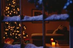"""CosmosDirekt: """"O Tannenbaum"""": Sicher durch die Weihnachtszeit"""