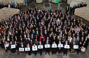 Santander Consumer Bank AG: Santander vergibt Stipendien an der Frankfurter Goethe-Universität (FOTO)