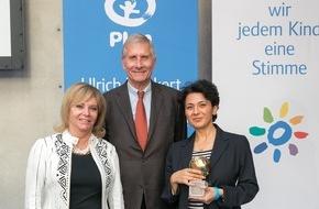 Plan International Deutschland e.V.: Journalisten mit Ulrich Wickert Preis für Kinderrechte 2015 geehrt / Erstmals Peter Scholl-Latour Preis auf Event von Plan International verliehen