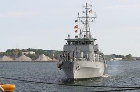 """Presse- und Informationszentrum Marine: Minenjagdboot """"Weilheim"""" verlässt Kiel in Richtung NATO-Einsatz"""