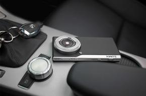 Panasonic Deutschland: LUMIX Smart Camera: Eine exzellente Verbindung / Die LUMIX Smart Cam CM1 vereint Fotografie und Smartphone-Funktionalität in gelungener Form und Funktion