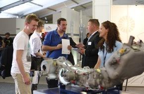 Messe Berlin GmbH: Deutschlands größte Aerospace-Jobbörse am Start / Das ILA CareerCenter informiert an den Publikumstagen über  Berufschancen in allen Feldern der Luft- und Raumfahrt