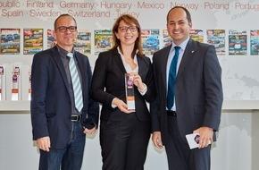 Skoda Auto Deutschland GmbH: Dreifachsieg für SKODA bei der Leserwahl zum ,Familienauto des Jahres 2015'