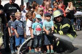Freiwillige Feuerwehr Menden: FW Menden: Traditionelles Feuerwehrfest in Bösperde am 1. August-Wochenende