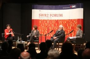 """SWR - Südwestrundfunk: Käßmann: """"Konfessionelle Vielfalt nicht schrecklich"""" / Margot Käßmann und Bischof Gerhard Feige beim Konstanzer Konzilgespräch (31. Januar) / """"SWR2 Forum"""", 3. Februar 2014, 17.05 Uhr"""