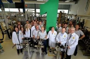Schaeffler: Elektromechanischer Wankstabilisator von Schaeffler gewinnt den Deutschen Innovationspreis